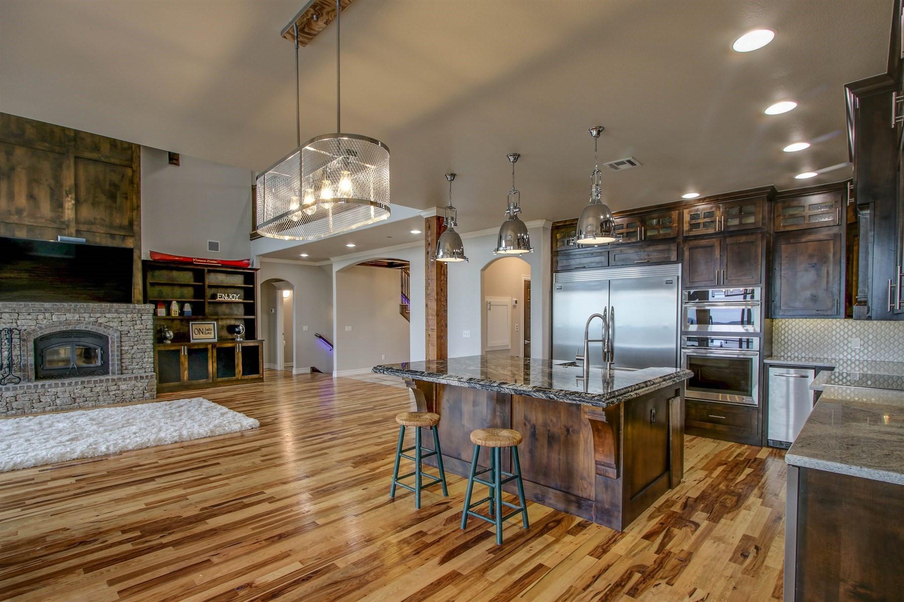 kitchen-dining-49527495