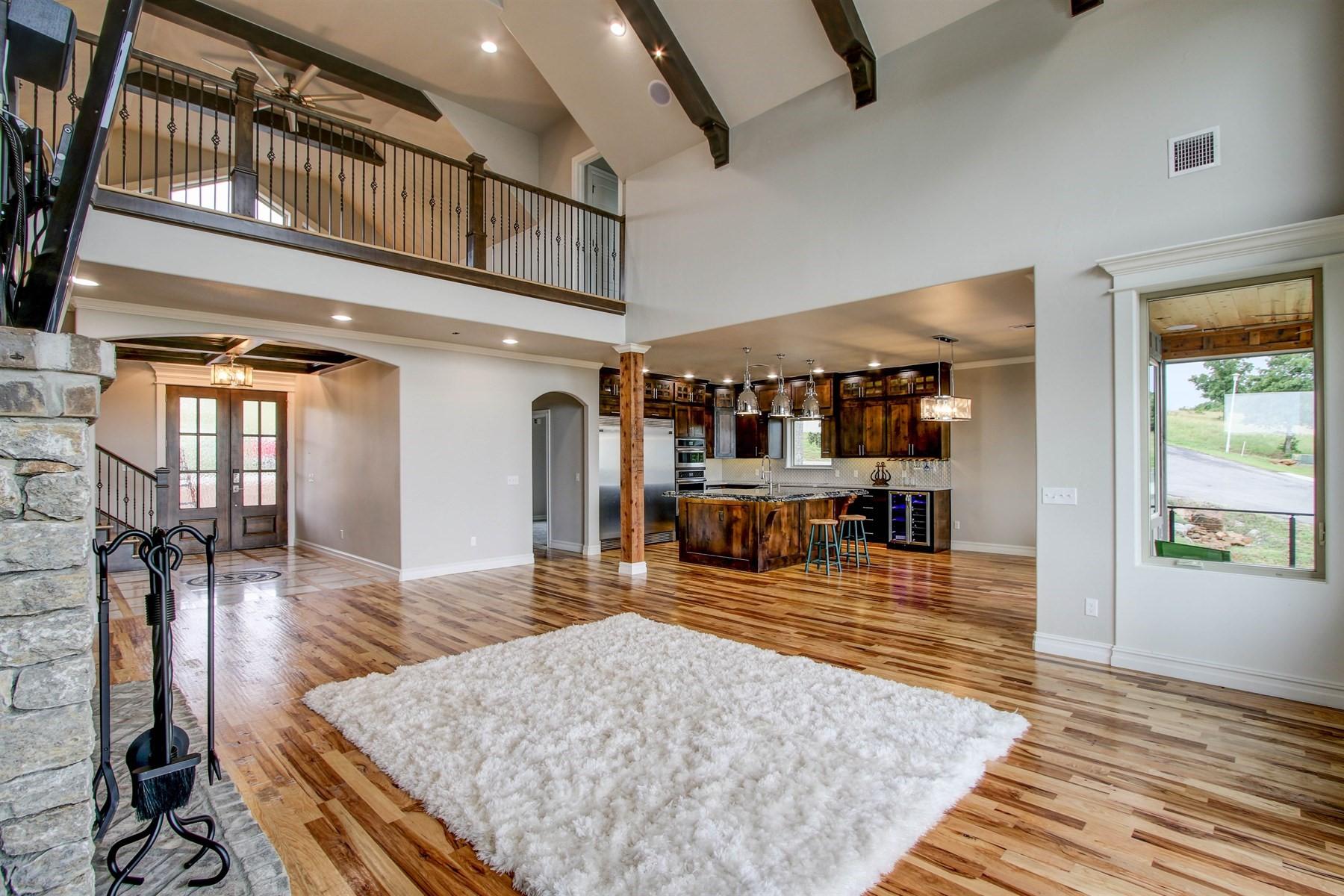 living-room-49527481